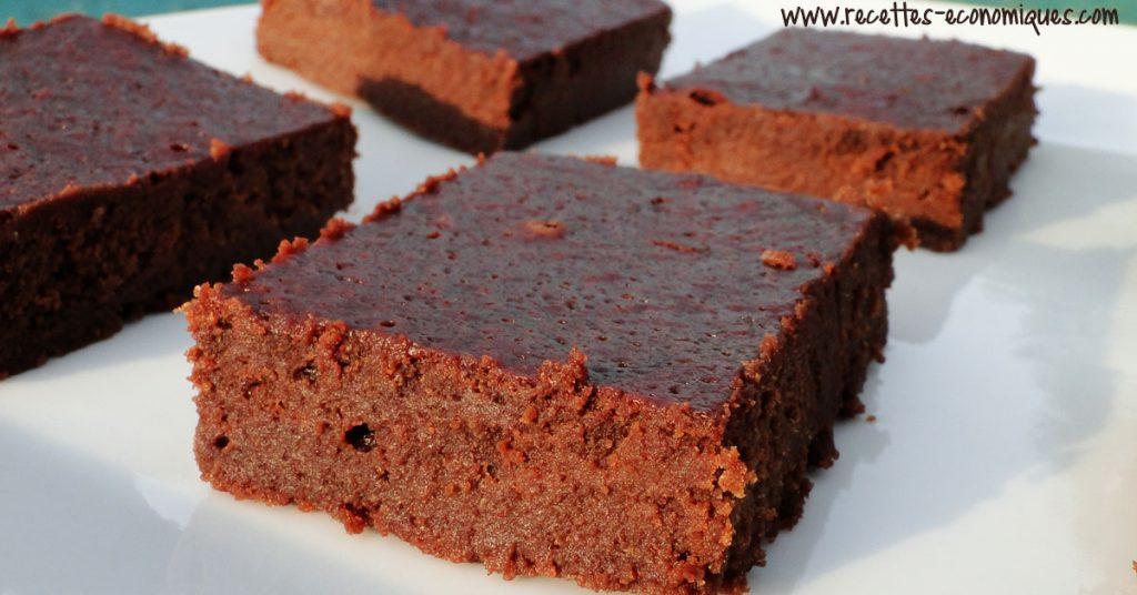 recette du fondant au chocolat sans beurre avec de la compote recettes de cuisine avec. Black Bedroom Furniture Sets. Home Design Ideas